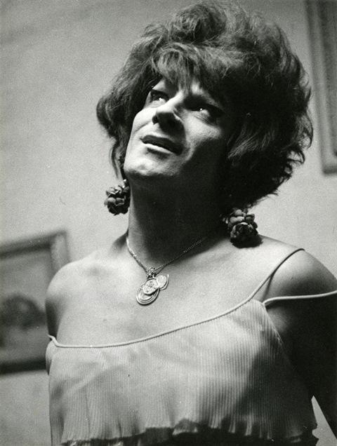 Lisetta Carmi, I Travestiti, La Gitana,1968 c.@Lisetta Carmi, courtesy Martini & Ronchetti